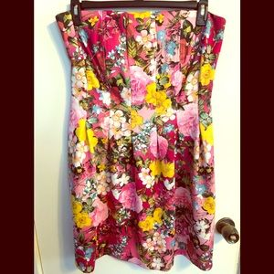 Beautiful Strapless NY&Co Floral Dress!